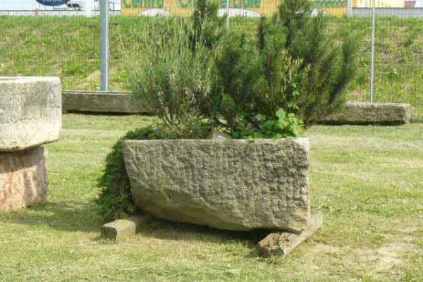 Fioriere/vasche in pietra